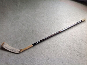 Like NEW....CCM...HOCKEY STICK...RT Handed