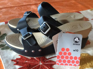 Women's crocs wedge sandal