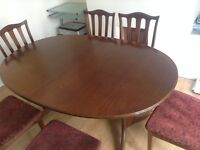 For sale oval table and 4 chairs