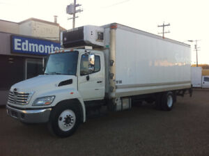 2009 HINO 338 24FT CUBE/CARRIER REEFER
