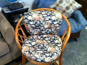 wicker love seat,2 chairs,table,and cushions Belleville Belleville Area image 1
