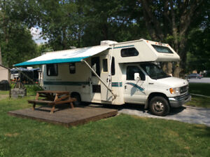 Your new home away from home! 1997 Ford RV
