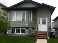 3BDR+2 Full Bath Furnished & Unfurnished house in Timberlea,