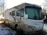2005 coachman cross country 38'