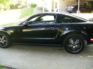 2005 Ford Mustang Coupe CERTIFIED