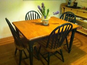 two-tone dining table set