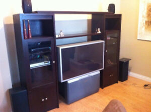 Espresso entertainment unit