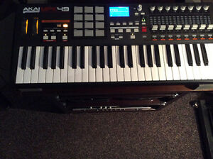 Akai MPK-49 Pro keyboard/ controller. Lightly used!