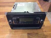 VW t5 transporter car radio, fully working.