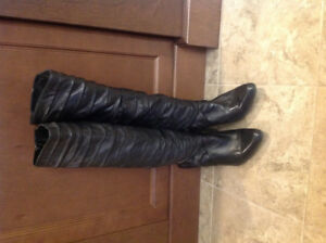 Ladies Aldo Kneehigh Boots - size 7.5 - in excellent condition