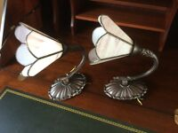 2x TIFFANY STYLE WALL LIGHTS WITH BRONZE COLOUR BRACKETS