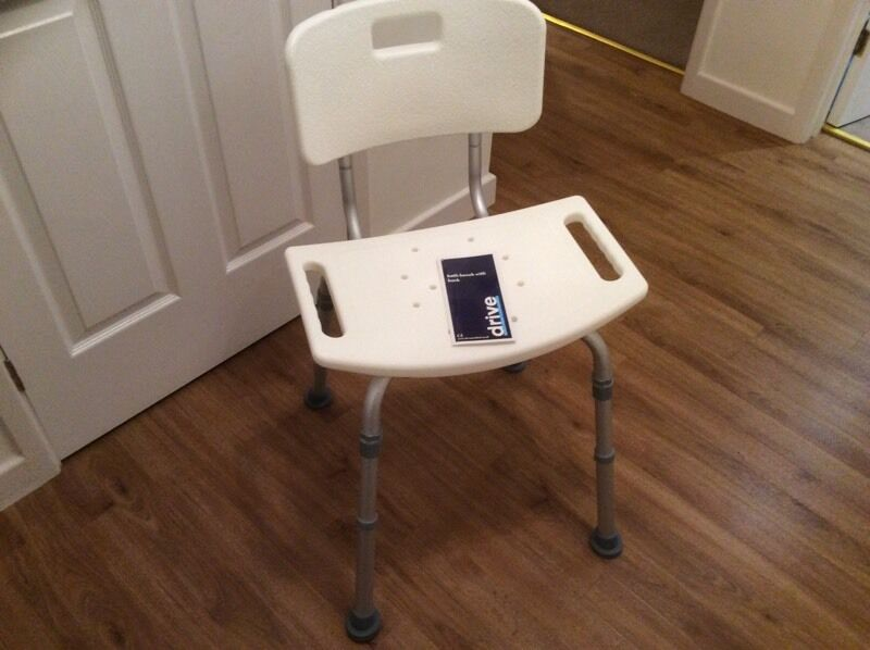 Outstanding Bath Seat With Back Inspiration - Bathtubs For Small ...