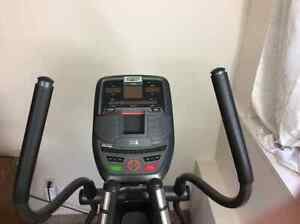 AFG 3.1 AE Elliptical in Mint condition
