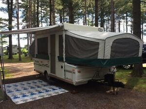 10 foot tent trailer - great condition