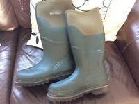 Wyre valley muck boots/wellies