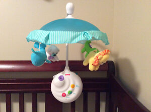 Crib mobile with motion music and lights & remote