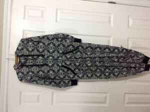 LADIES ONSIES WITH POCKETS (ARDENES) EXCELLENT CONDITION