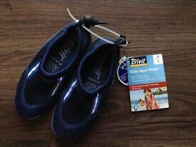 Kids Aqua shoes uk size 10