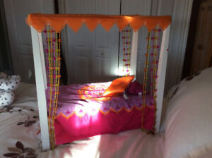 "American Girl 18"" Doll Bed"