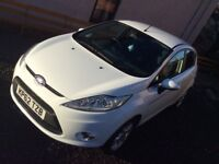 FORD FIESTA ZETEC 1.25 (GORGEOUS)!!