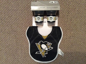 Pittsburgh Penguins bibs and sippy cups set