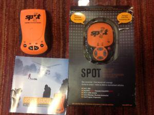 Emergency satellite GPS messenger