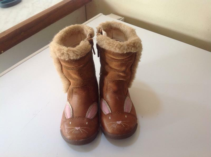Brown Boots With Fur Lining