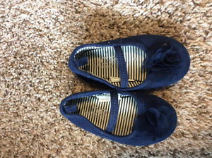 Size 6 little dress shoes Kitchener / Waterloo Kitchener Area image 1
