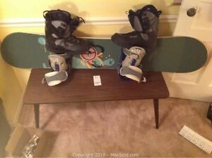 Burton Canyon 57 board w Superfly II core, Kemper boots -size 12