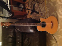 Ovation acoustic bass 4 string excellent condition