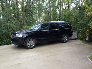 2008 Lincoln Navigator L Limited Edition SUV, Crossover