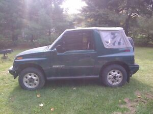 Tracker sidekick and sunrunner parts Kitchener / Waterloo Kitchener Area image 1