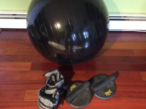 Exercise ball, weights, & push up handle Kingston Kingston Area image 1