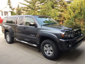 2011 Toyota Tacoma TRD Offroad 4X4 Pickup Truck