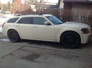 2005 Dodge Magnum RT Wagon Dropped down to $5800 from $7400