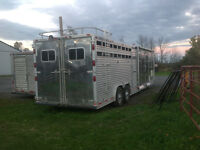 beautiful 6 horse stock trailer with living quarters