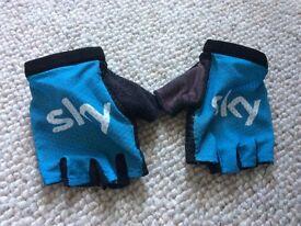 Team Sky Pro Rapha gloves size small