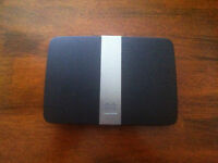 Router linksys EA4500