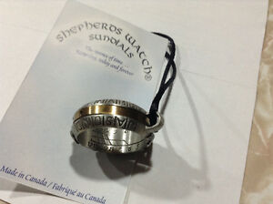 Necklace/ring sundial