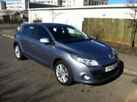 Renault Megane 1.6 VVT ( 100bhp ) I - Music