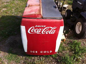 Coca Cola Coke Chest Cooler - Refrigeration System Peterborough Peterborough Area image 2