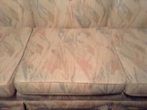Couch and chair set - antique Kitchener / Waterloo Kitchener Area image 5