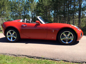 2007 Pontiac Solstice Red Convertible