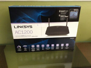 SMART Linksys AC1200 Router London Ontario image 1