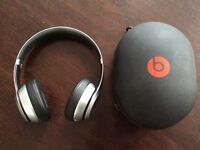 Beats Solo 2 Wireless Bluetooth headphones - VGC