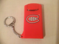 MONTREAL CANADIENS FLASHLIGHT KEY CHAIN ( WORKS GREAT )