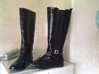 Ladies boots size 6 £10.00 pair