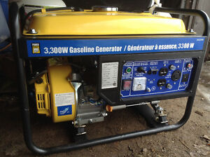 Generator/Generatrice 3300W 208cc 120/240V, only 20hrs used