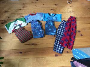 LOT de pyjamas 4 ans
