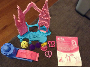 Playdoh Magical Designs Palace Set